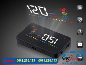 màn hình hiển thị thông ttin trên kính lái VietMap HUD V200